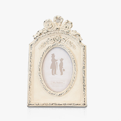 Small ivory ribbon photo frame (K23F493)