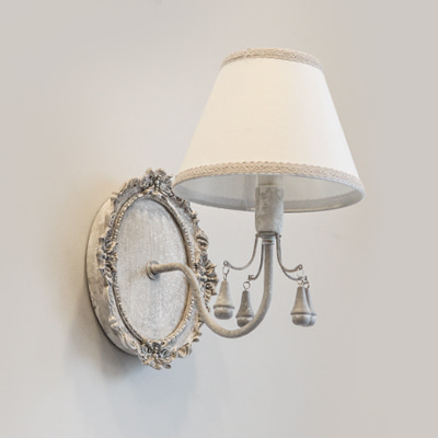 Beautiful sculpture wall lamp (520401)