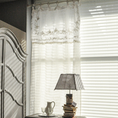 Linen white curtain (CUMV12)